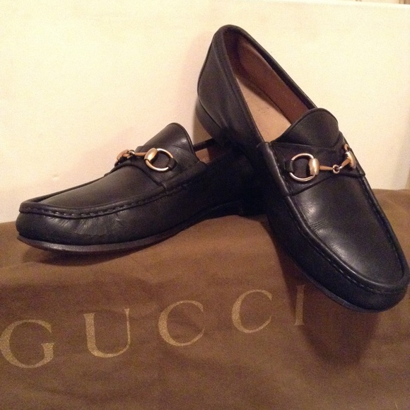 cfa072c0183 Gucci Other - GUCCI - Mens horsebit leather loafers